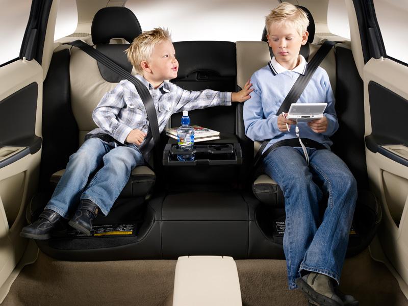 Fahrbericht volvo xc60 langl ufer mit stil ace auto club for Asiento infantil para auto
