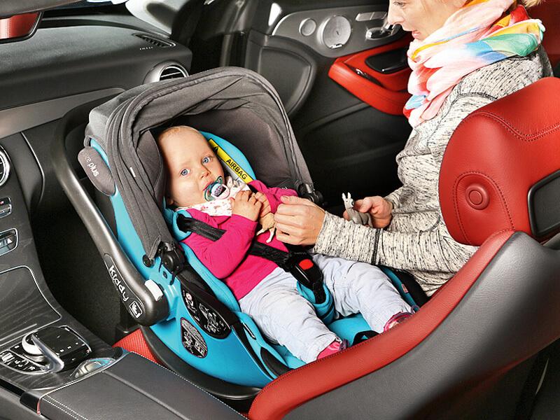 ratgeber kindersitze reisen mit den kleinen ace auto. Black Bedroom Furniture Sets. Home Design Ideas